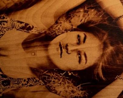 портрет на дереве на заказ в новосибирске